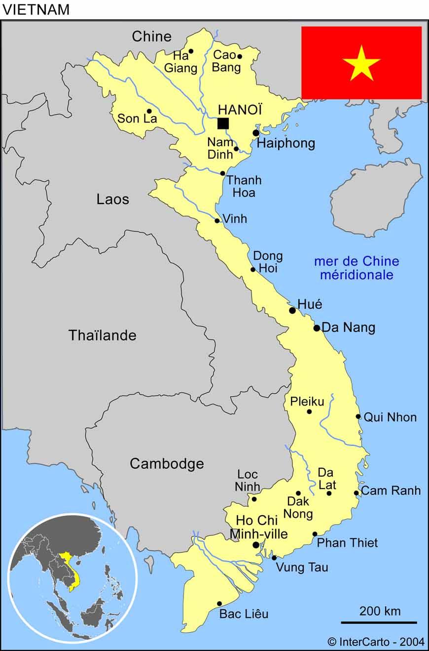 Carte géographique et touristique du Vietnam, Hanoï. Géographie du